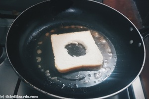 6 Put the bread in the pan